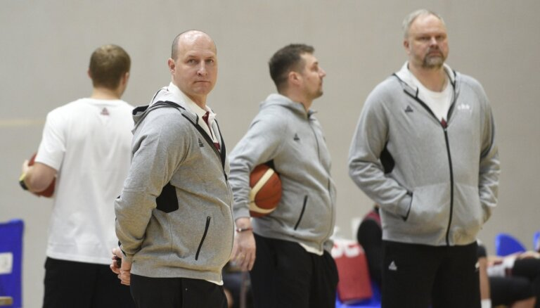 Štelmahera debijas spēlē Latvijas izlase uzsāk Eiropas čempionāta kvalifikāciju