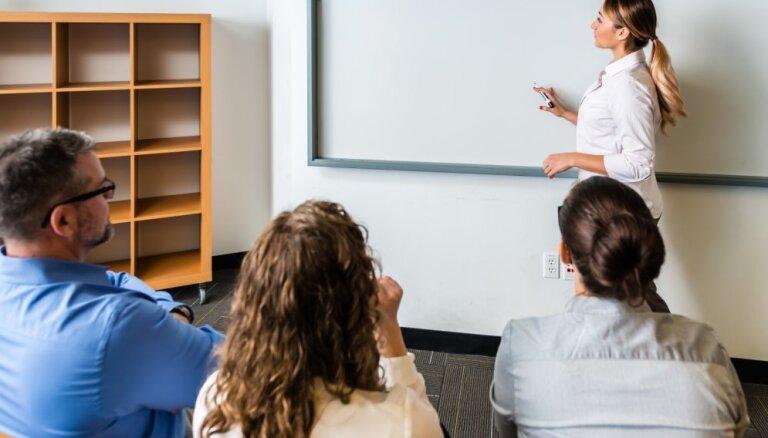 Sektanti, aklas mīlestības pārņemtie un citi – vecāku grupas, ar kurām skolotājiem grūti sadarboties