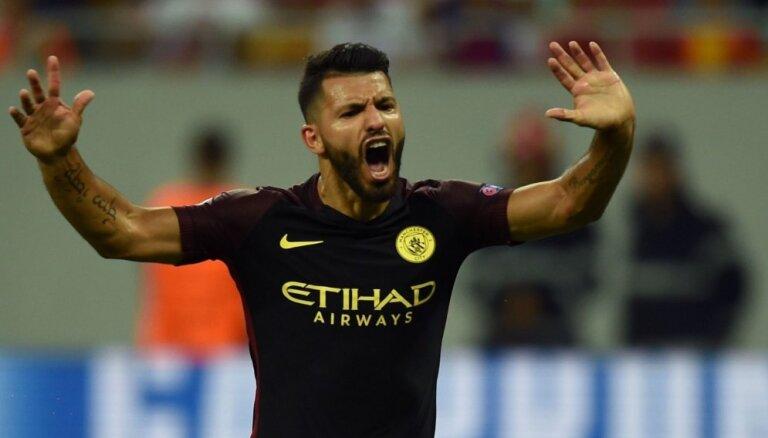 'Manchester City' pagarina līgumu ar kluba rekordistu Agvero