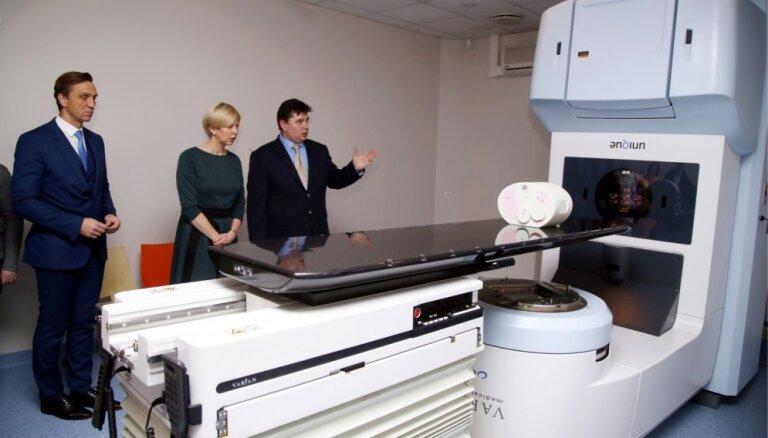 Onkoloģijas centrā tuvākajos mēnešos plāno uzstādīt vēl divas jaunākās paaudzes iekārtas