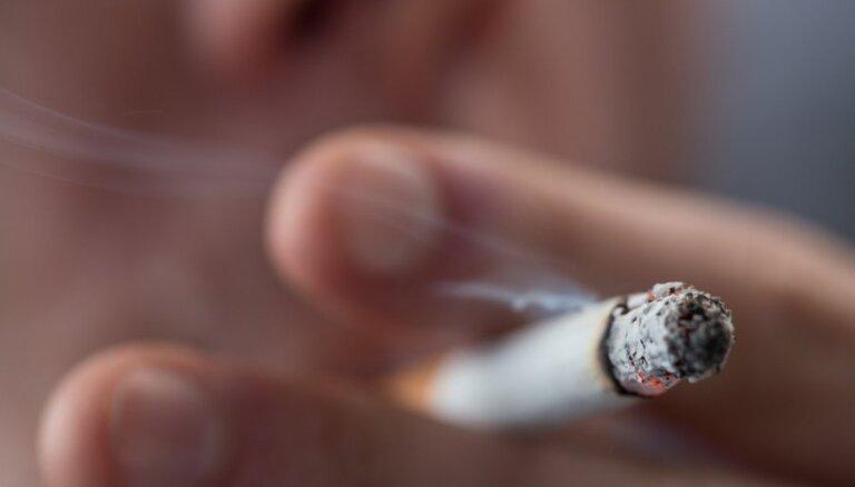 Sods par smēķēšanu grūtnieces klātbūtnē būs līdz 15 eiro