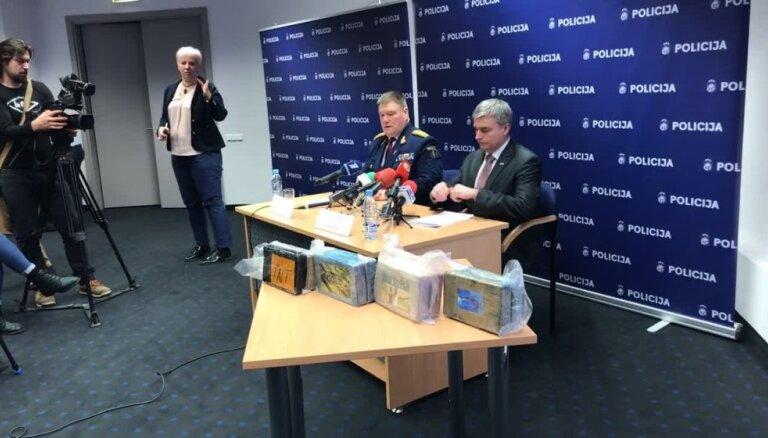 Lielākā kokaīna krava Latvijas vēsturē: policija aiztur piecus cilvēkus