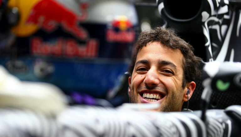 Rikjardo izcīna uzvaru Monako 'Grand Prix' kvalifikācijā