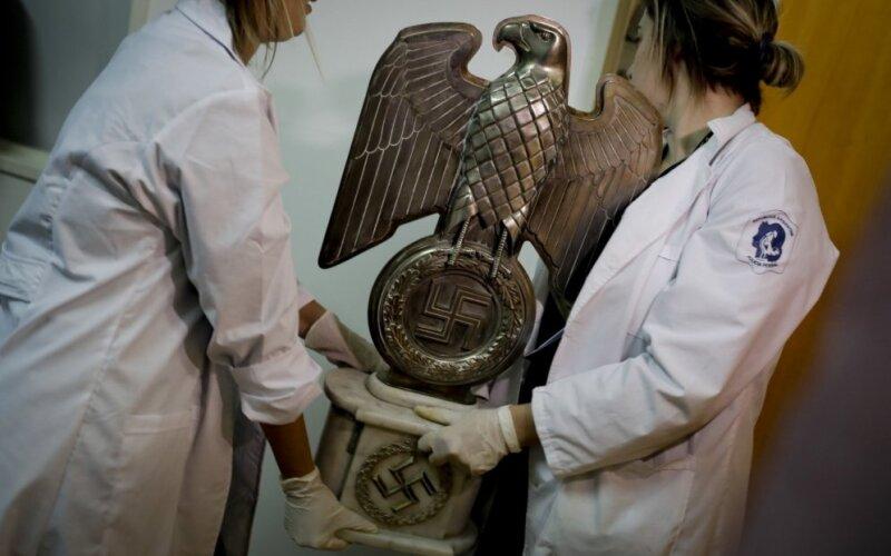 Картинки по запросу В Аргентине нашли склад с вещами нацистов