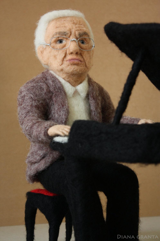Дрова, кукла Паулса, воздух Риги. Топ-10 безумных вещей, которые латвийцы продают в интернете