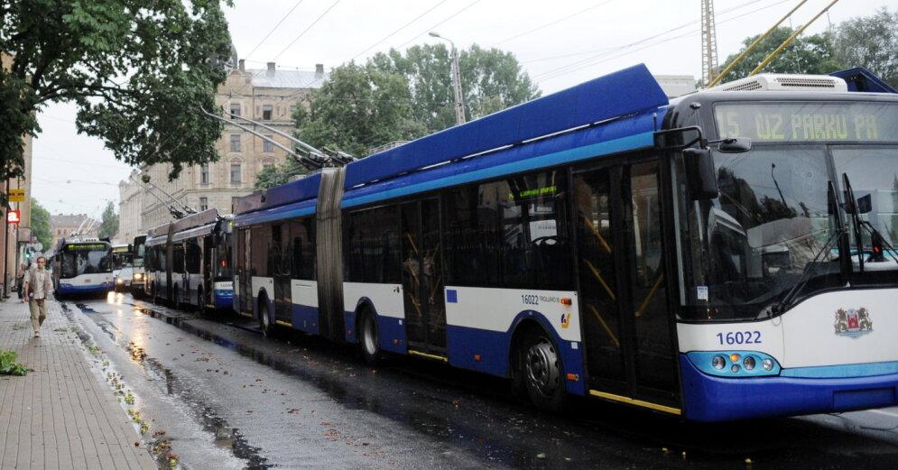 Латвия вымирает: школы закрывают, квартиры раздают даром