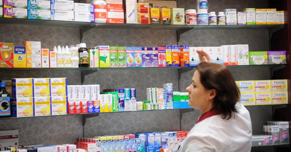 Минздрав не планирует снижать НДС на лекарства, но обсуждает изменения в других наценках