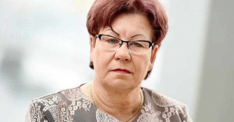 Паздере: То, что многие латвийцы уехали, а пенсионерам мало платят — последствия советской оккупации