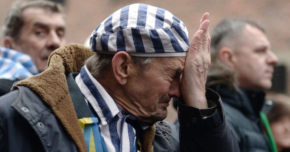 Польша отложила вступление в силу резонансного закона, возмутившего Украину