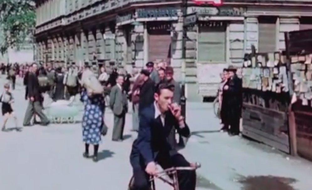 """HD-ВИДЕО: """"Ну вот твою бабушку мы здесь..."""" - мирная жизнь в Берлине в июле 1945 года"""