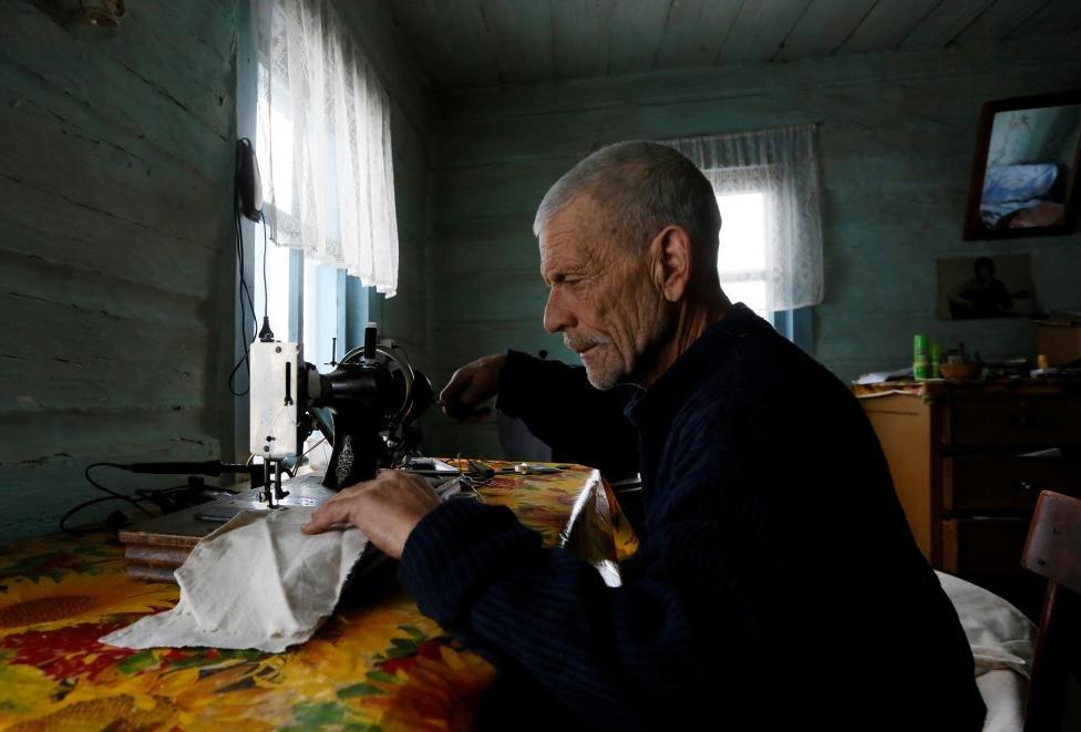 Все ушли, а он остался. 17 фото последнего жителя деревушки со 150-летней историей
