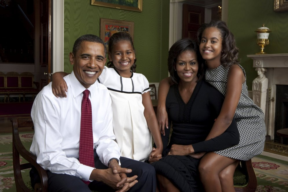 Bērnība Baltajā namā: kā auga Obamas meitas