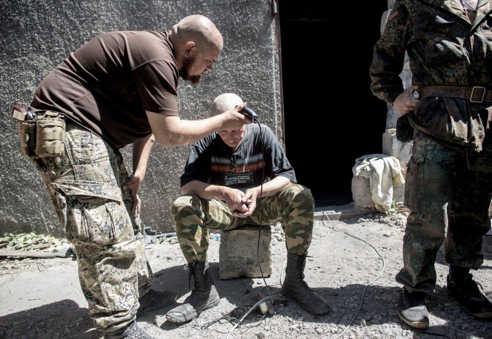 Kadri, kuru dēļ fotogrāfs Ukrainā zaudēja dzīvību