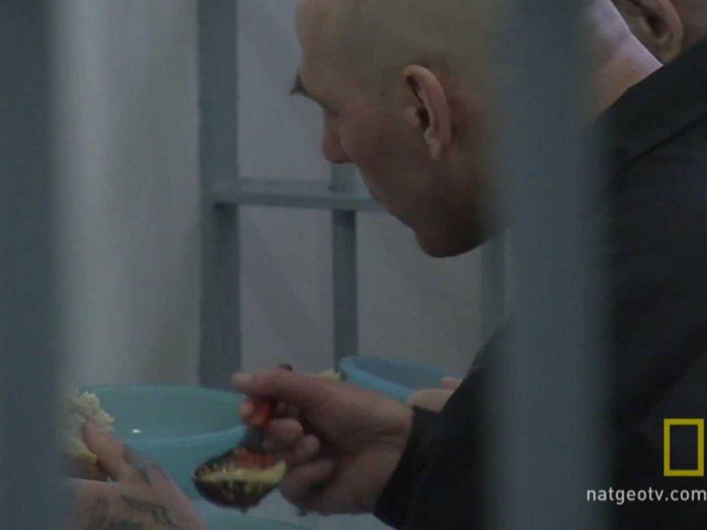 """Что внутри """"Чёрного дельфина"""" — российской тюрьмы, из которой ещё никто не сбегал"""