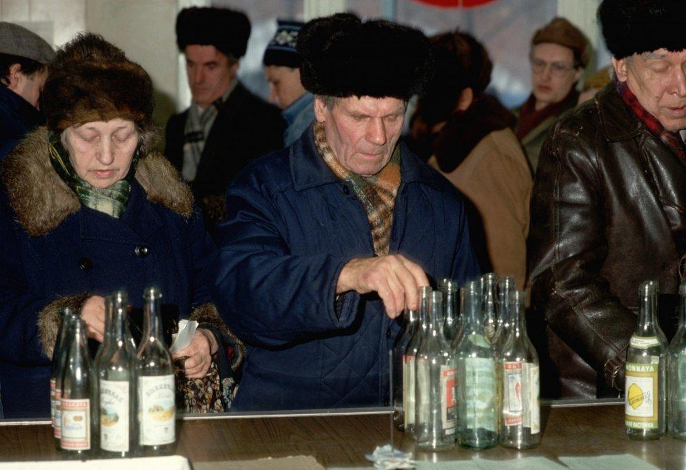 Kā 1985. gadā latviešus no dzeršanas atradināt gribēja