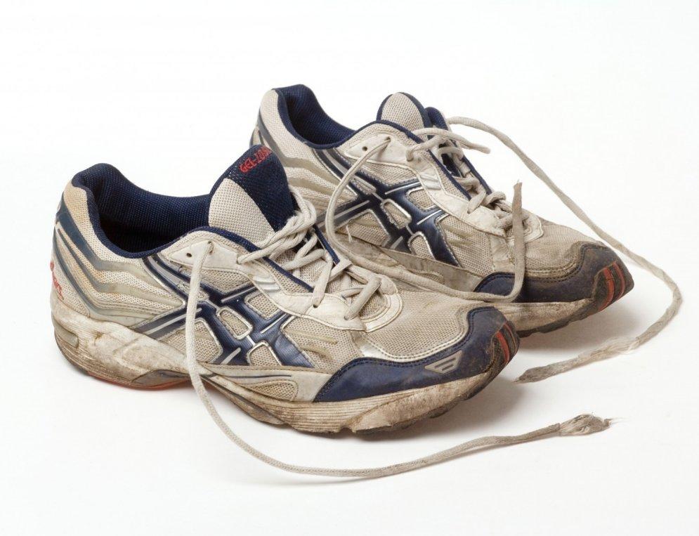 D G Mens Tennis Shoes